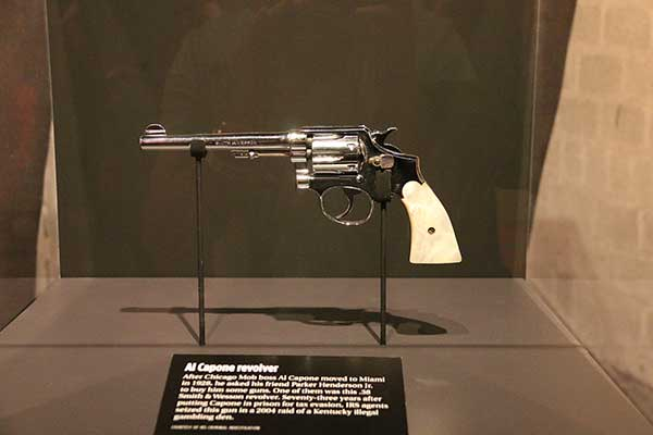 Las Vegas culture: Legendary mobsters: Al Capone's revolver.
